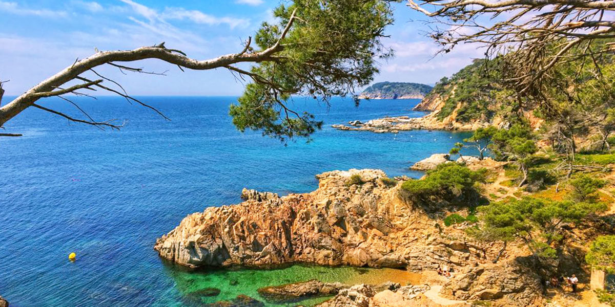 Cliffs & Coves: Hiking in Costa Brava